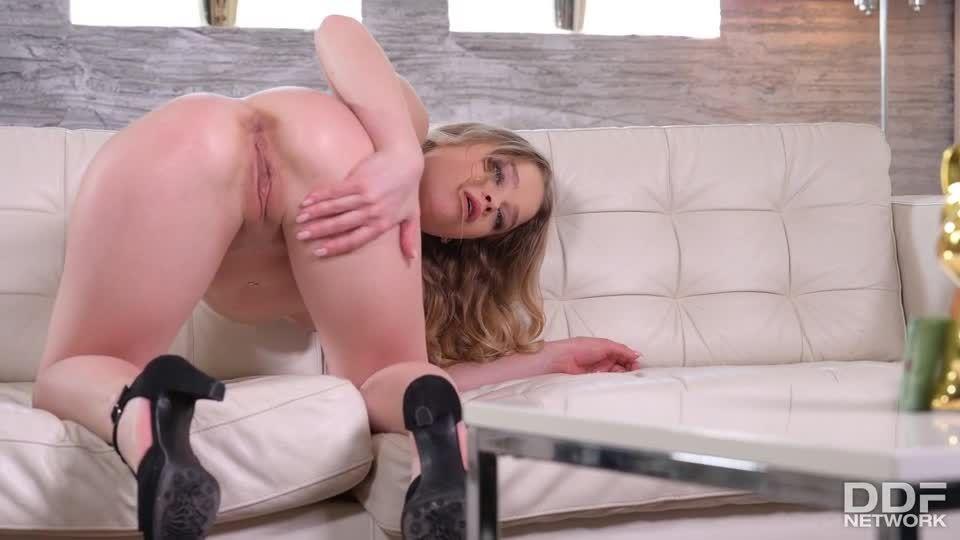 Petite Russian Slut Gets A Workout For Both Of Her Holes (HandsOnHardcore / PornWorld) Screenshot 1