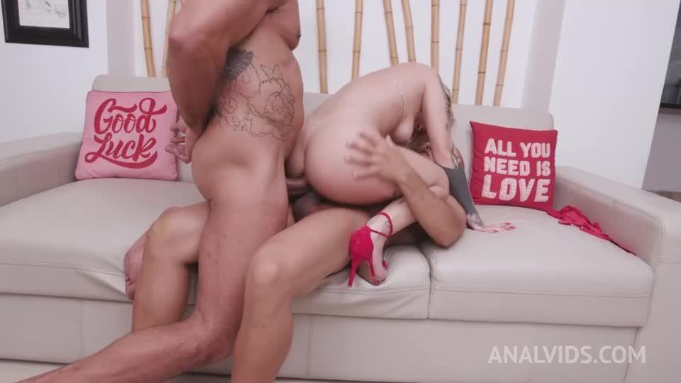 Young brazilian slut gets her first DP YE116 (LegalPorno) Screenshot 6