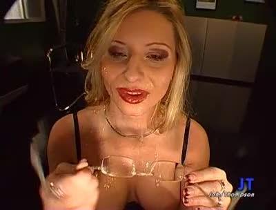Blond schluckt gut, scene 2 (GGG) Screenshot 4