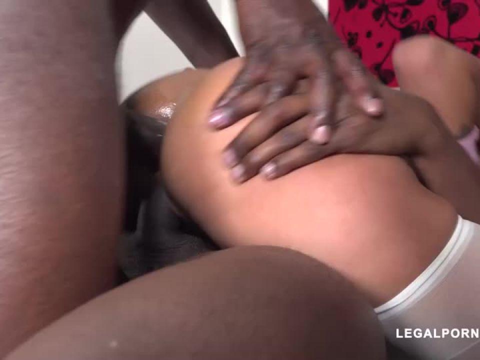 fucked by black bulls (LegalPorno) Screenshot 3