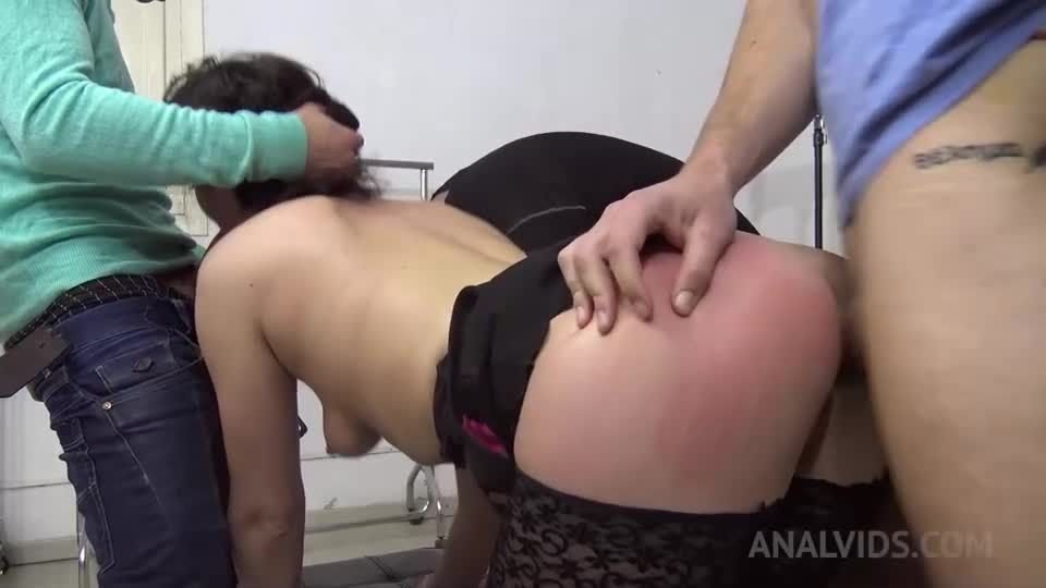 Russian slut goes shopping and gets fucked hardcore with double penetration MS008 (LegalPorno) Screenshot 3