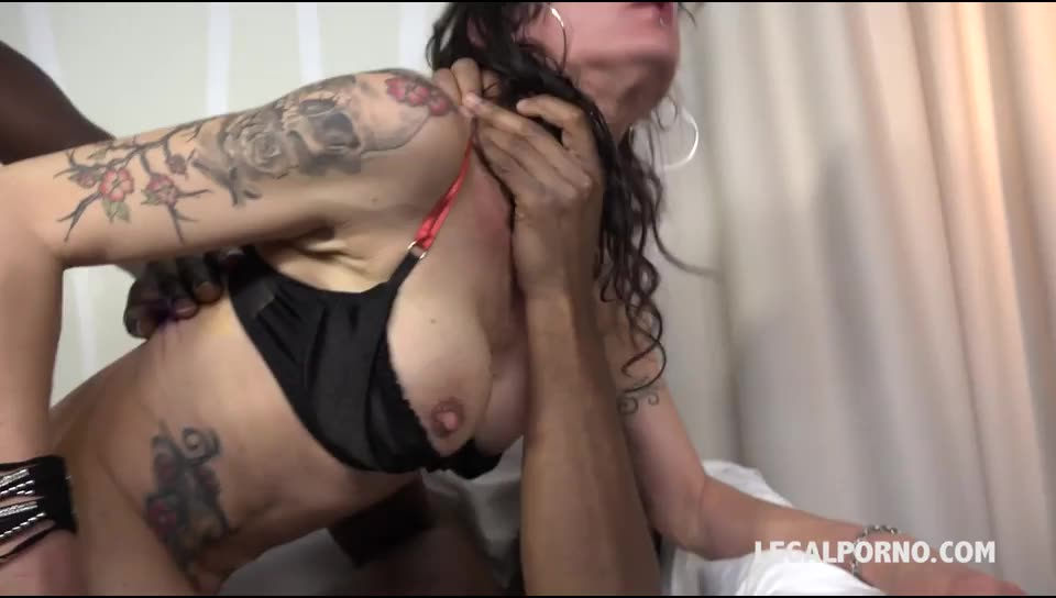 [LegalPorno] These lovely french bitches start to get addicted to black cocks - Lyna Cypher (DPP)/(MILF)
