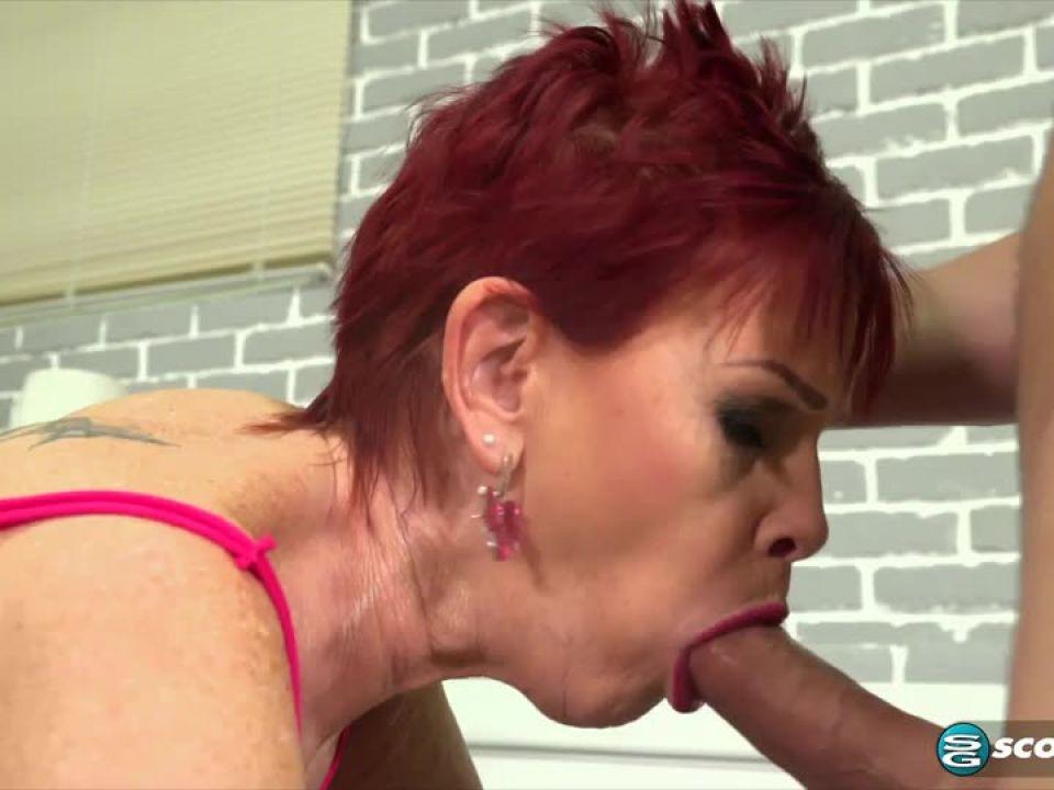 Dpd Hooker (PornMegaLoad / 60PlusMilfs) Screenshot 1