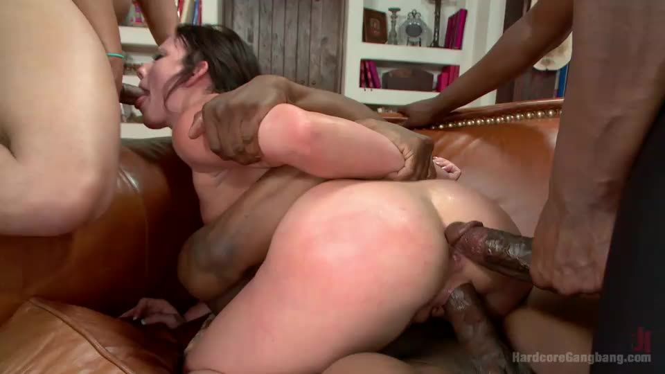 [Hardcoregangbang / Kink] Waspy bitch takes 5 huge black cocks - Jennifer White (DP)/(5M1F)