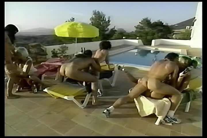 Cumming to Ibiza 1 (Helen Duval) Screenshot 6
