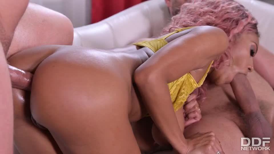 Two Studs Try To Satisfy Latina Legendary Desires (HandsOnHardcore / PornWorld) Screenshot 6