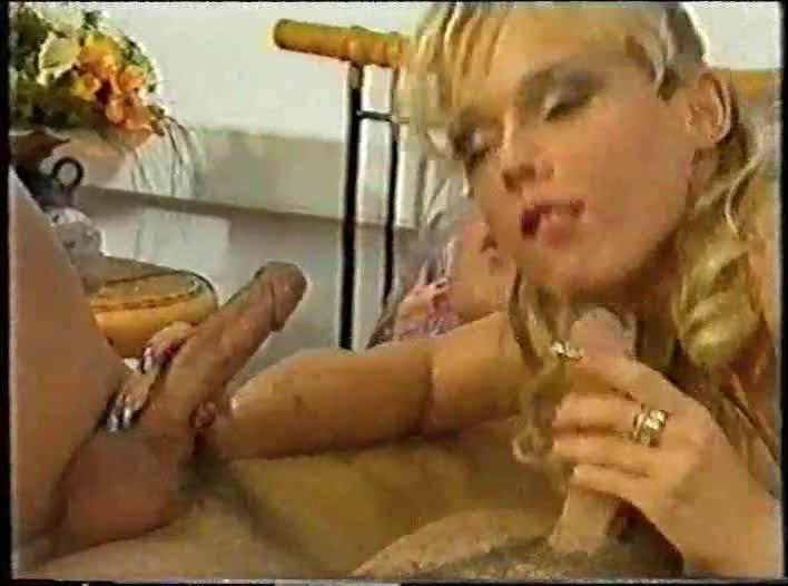 Mrs. Boss (DBM Video) Screenshot 0