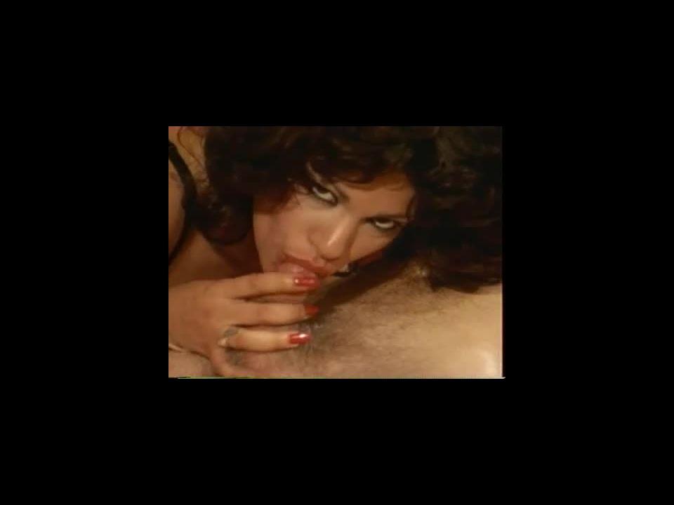 Double Pleasure (VCR) Screenshot 9