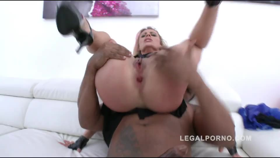 [LegalPorno] Brittany Love nasty MILF got DAP'ed and ass fucked by 5 guys (gape & prolapse) - Brittany Bardot (GangBang)/(5M1F)