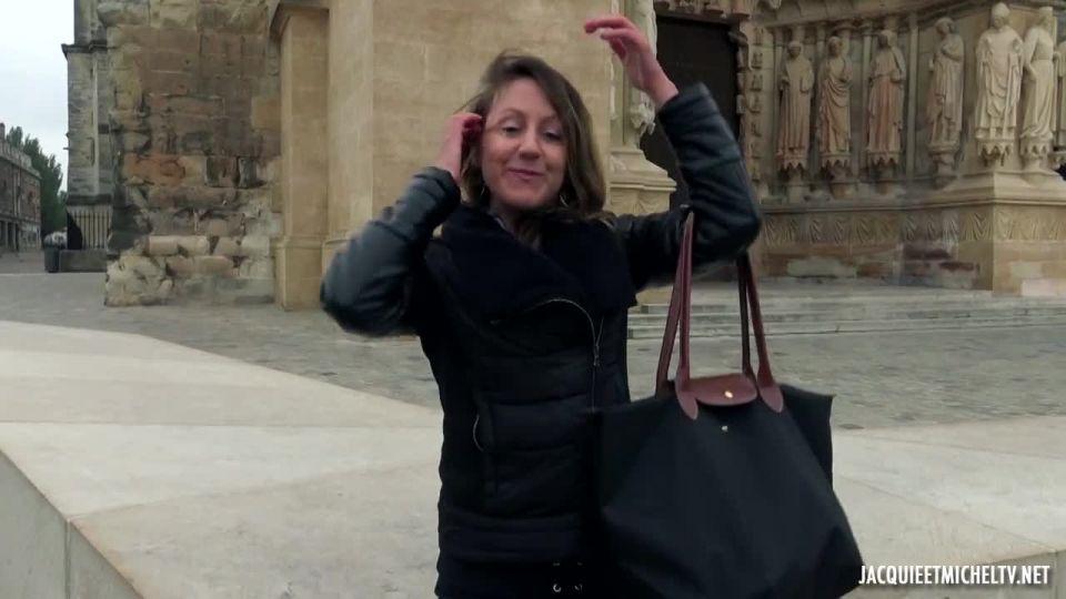 Emmanuelle's Big Leap, 28 Years Old! (JacquieEtMichelTV / Indecentes-Voisines) Screenshot 0