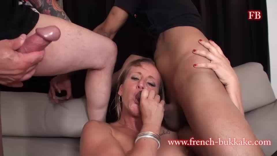 Cecilia Lacroix : Casting (French-Bukkake) Screenshot 6
