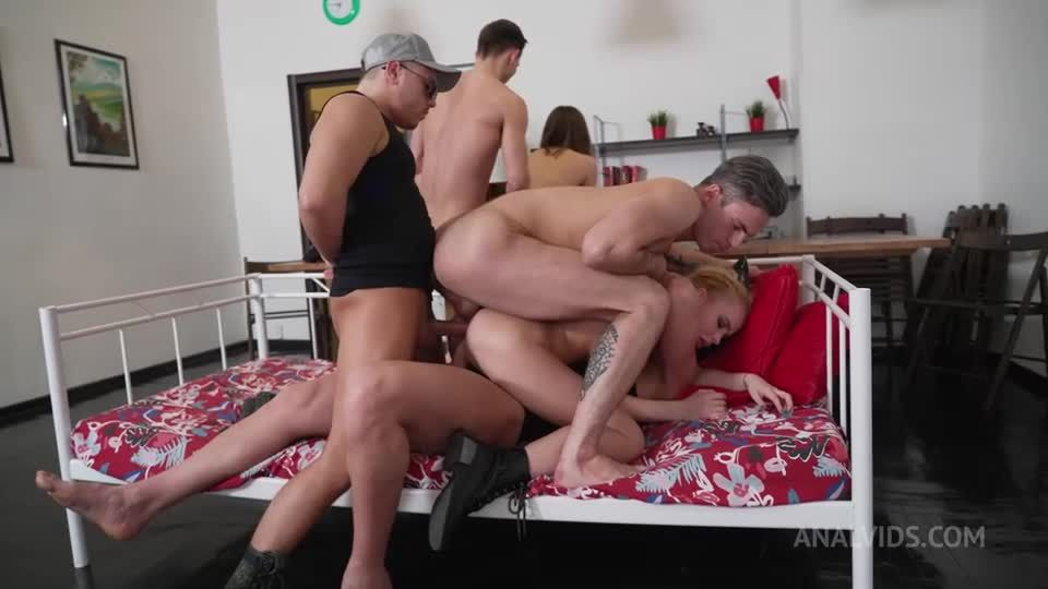 Hard Women's Army! Sergeant and her first Triple Anal Penetration! Military NRX106 (LegalPorno / AnalVids) Screenshot 7