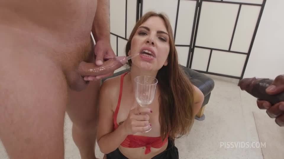 Naked Barefoot goes Wet, ATM, DAP, Gapes, Pee Drink, Cum in Mouth (LegalPorno / AnalVids) Screenshot 2