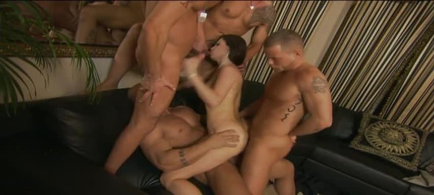 4 Men In Me (ATV Entertainment) Screenshot 4