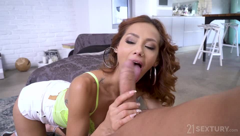 Secret Affair (DPFanatics / 21Sextury) Screenshot 2