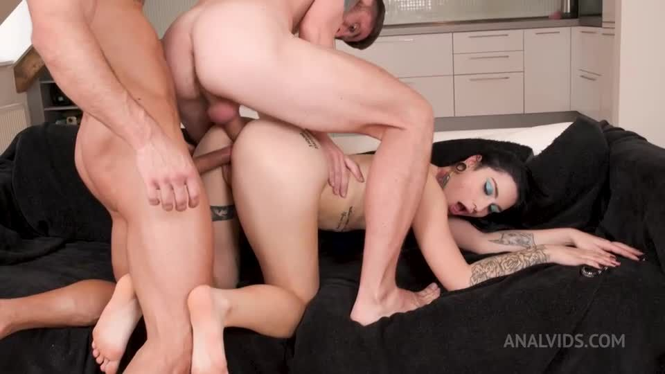 18 y.o. shy comes to AnalManiacs to get her 1st DP ever! LD007 (LegalPorno) Screenshot 8