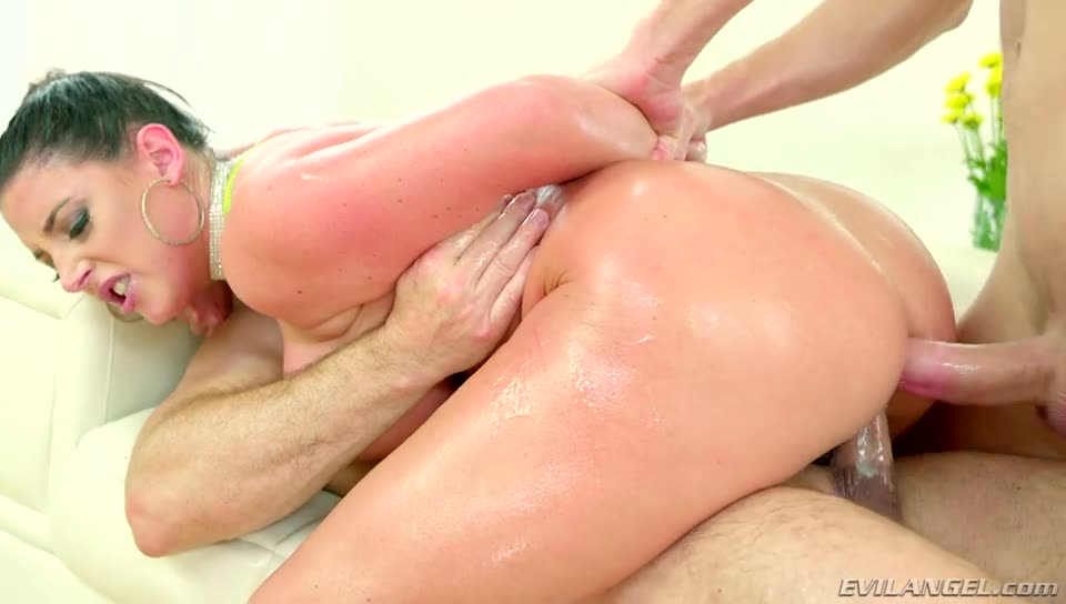 [Evil Angel] Anal Fitness Sluts - Angela White (DP)/(2M1F)