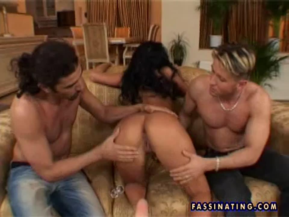 Exotic brunette / v6040 (DPFanatics / 21Sextury) Screenshot 9