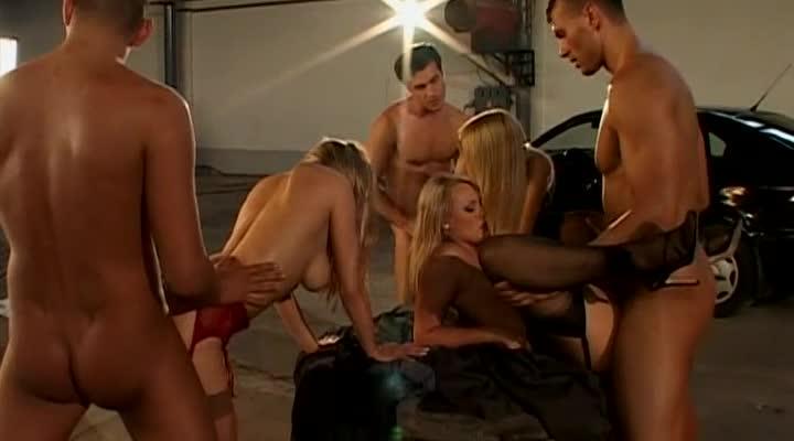[Marc Dorcel] Pornochic 7: Blonde – Making - Julie Silver, Ellen Saint, Elena Nikulina (Orgy)/(Stockings)