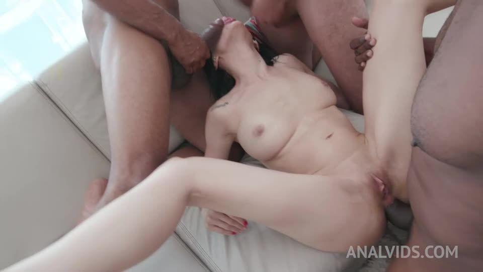 Hot brazilian takes on 4 huge cocks and gets DAP'ed YE126 (LegalPorno / AnalVids) Screenshot 1