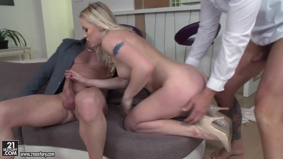 [DPFanatics / 21Sextury] Everything for business - Lola Taylor (DP)/(Natural Tits)