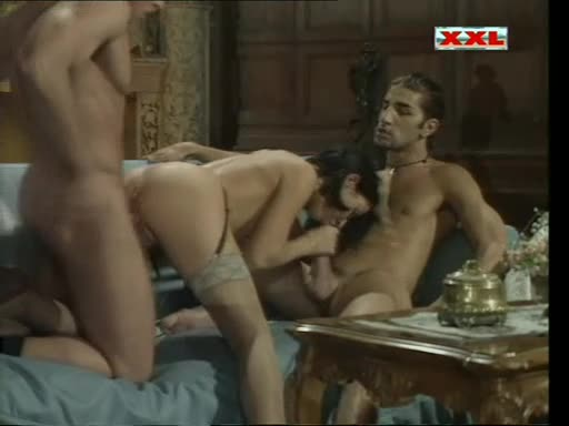 [In-X-Cess / Butterfly Pictures] Blow-up - Maria Bellucci (DP)/(2M1F)
