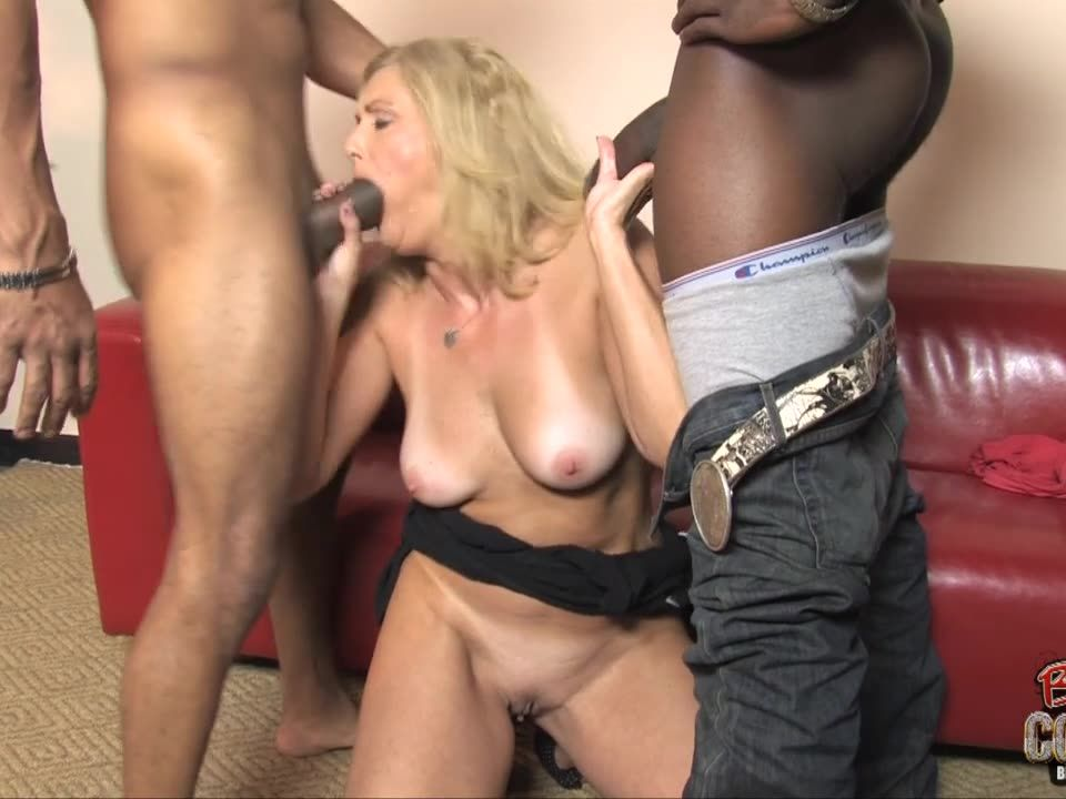 Blacks on Cougars 8 (Hush Hush Entertainment) Screenshot 1