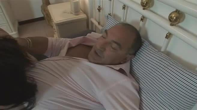 La Figlia Illegittima / Meine geile Stief-Tochter (FM Video / Multi Media Verlag) Screenshot 3