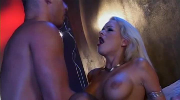 Blonde – Pornochic 7 (Marc Dorcel) Screenshot 0