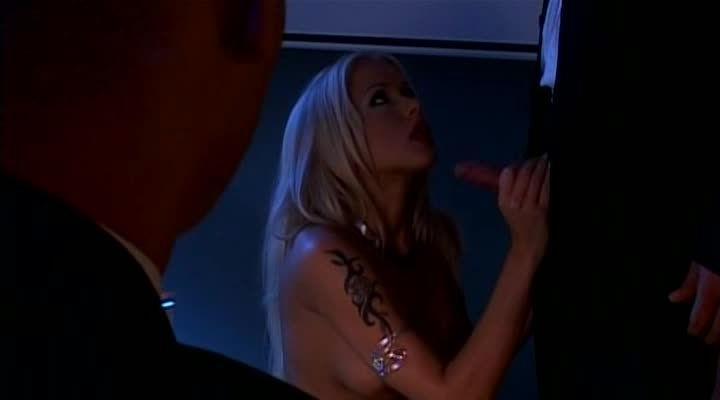 Blonde – Pornochic 7 (Marc Dorcel) Screenshot 6