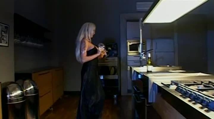 Blonde – Pornochic 7 (Marc Dorcel) Screenshot 9