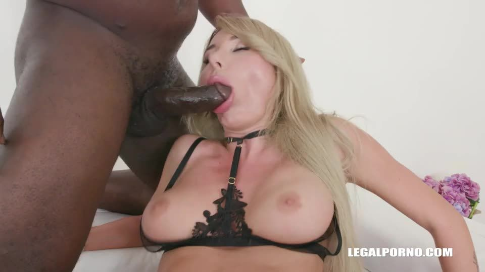 [LegalPorno] Keeps enjoying black cocks - Marilyn Crystal (DPP)/(Stockings)