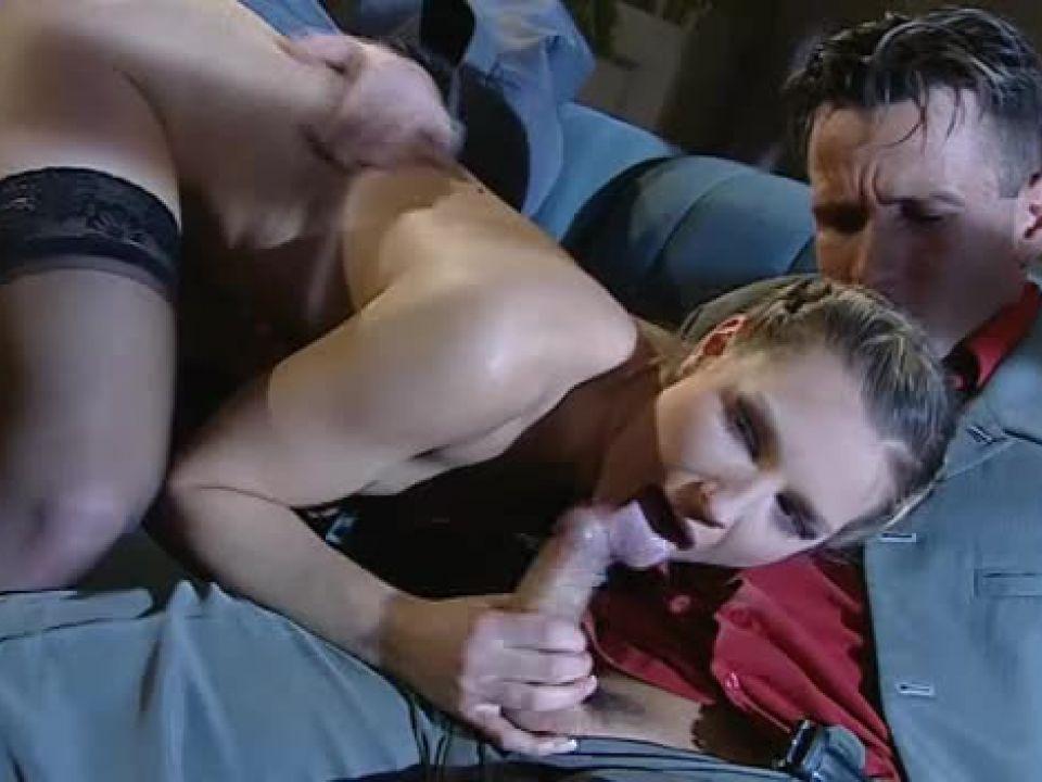 Istituto di Correzione / Étudiantes, les pièges de la prostitution (ATV / Marc Dorcel) Screenshot 2