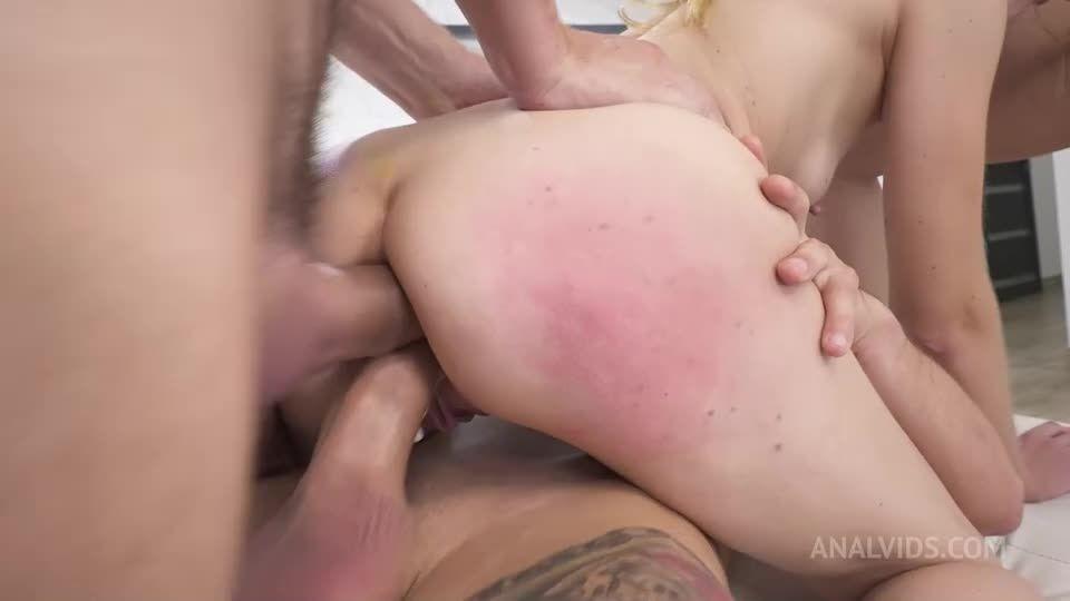 DAP, piss drinking, spit drinking, real balls deep anal, face fucking, real female orgasm rimming (LegalPorno / AnalVids) Screenshot 4