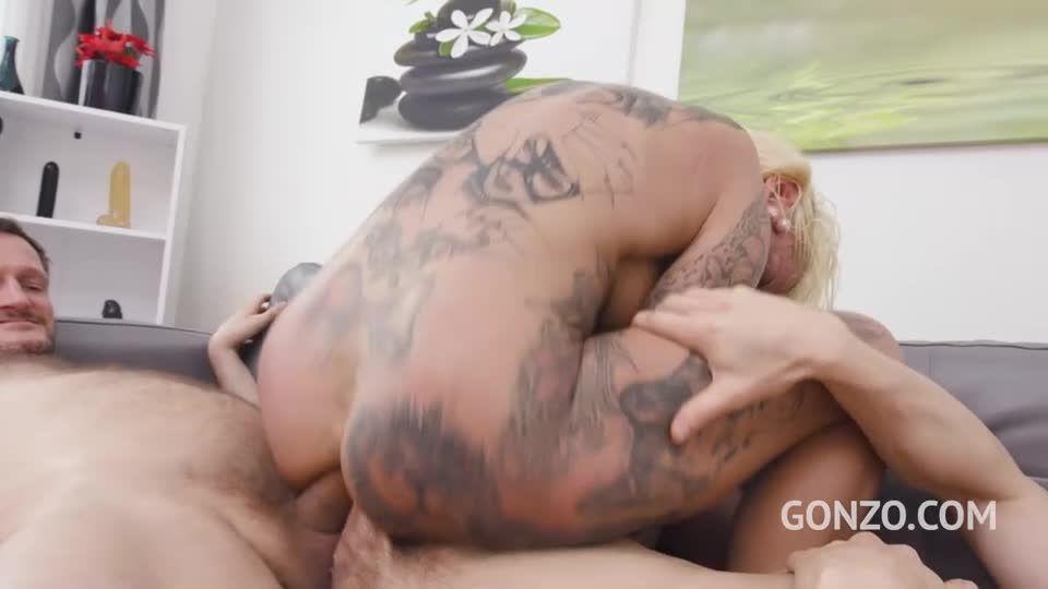 Double anal gangbang (LegalPorno) Screenshot 2