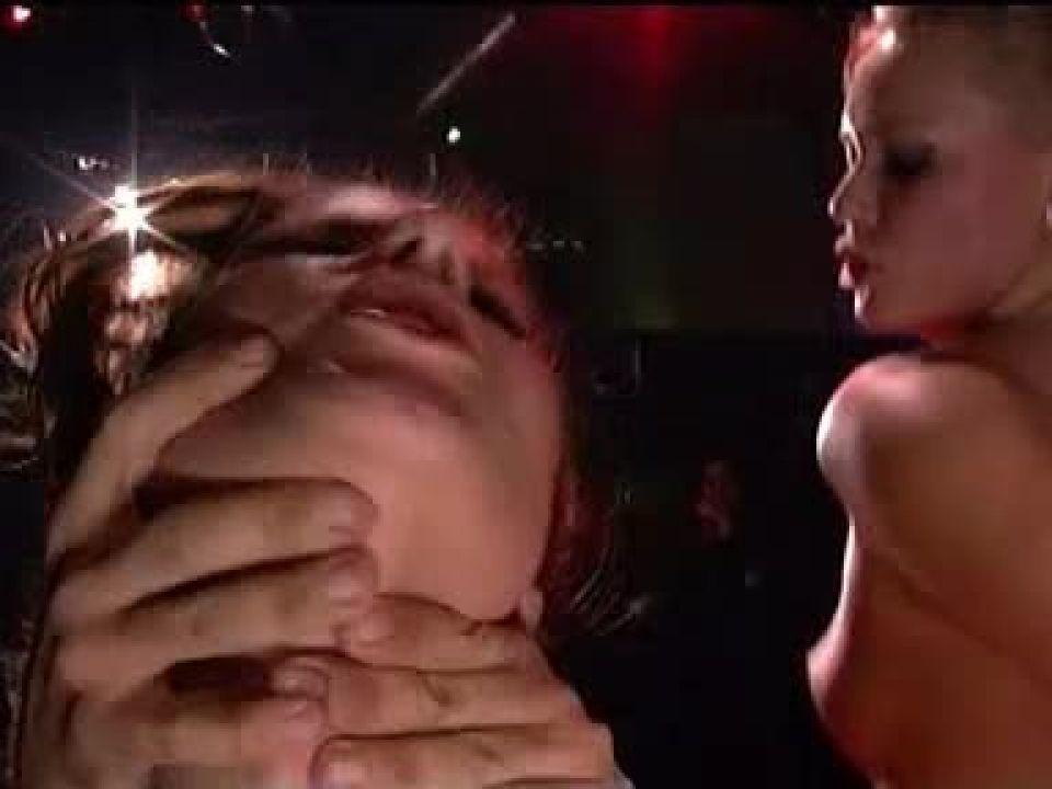 2 Sex 3 Angels / Drôles de Femmes Charlie's Nymphomaniacs (Media Partners / Colmax) Screenshot 5