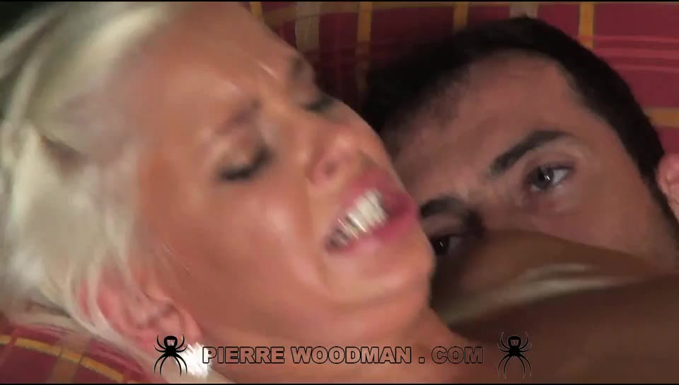 [WoodmanCastingX / PierreWoodman] Hard DP bukkake party - Dido Angel (DP)/(Blonde)