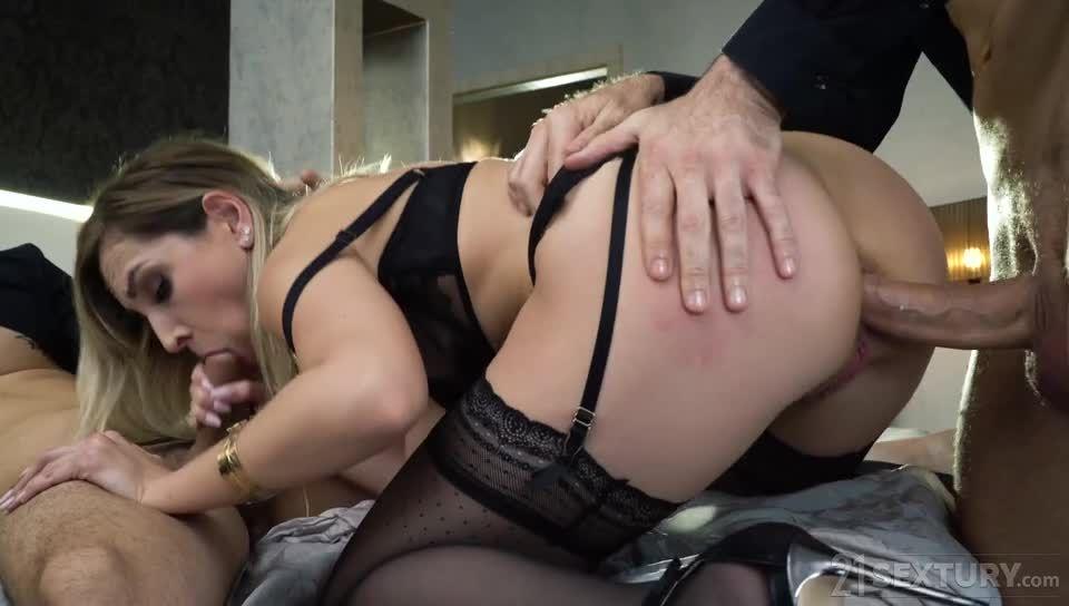 Black Lace Seduction (DPFanatics / 21Sextury) Screenshot 3
