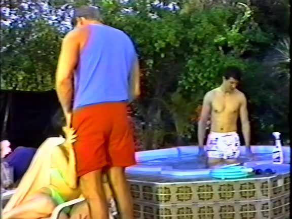 Adventures of the DP Boys 1: Pool Service (Heatwave) Screenshot 2
