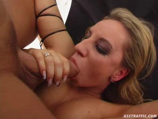 AssTraffic 102 / Big Butt Attack (Evil Angel / Cruel Media / Perfect Gonzo) Screenshot 7