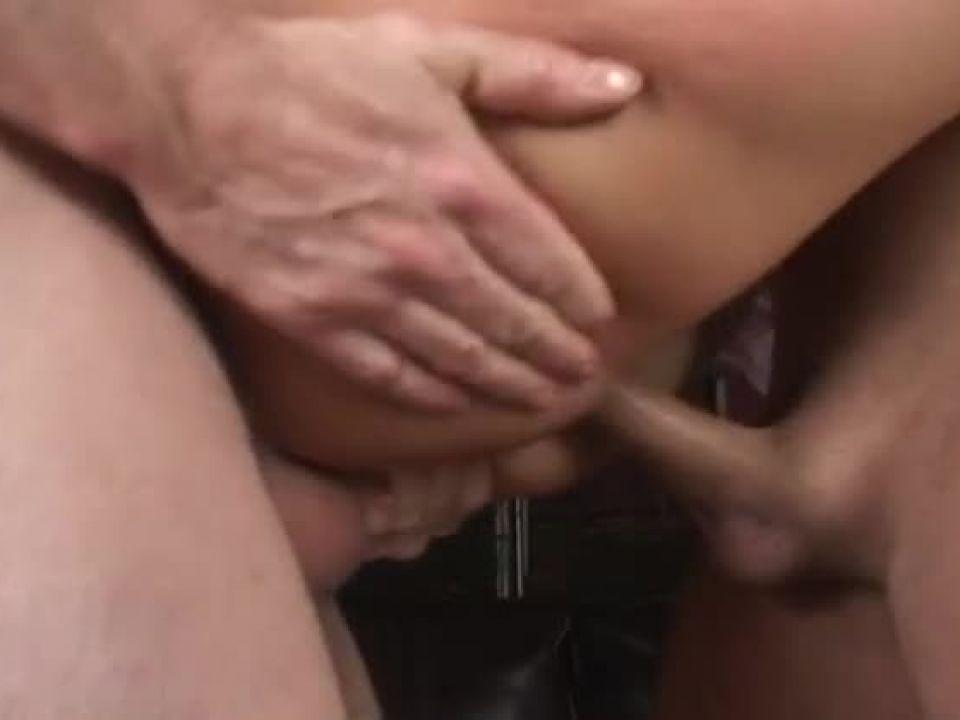 Your Ass is Mine 3 (Legend Video) Screenshot 3