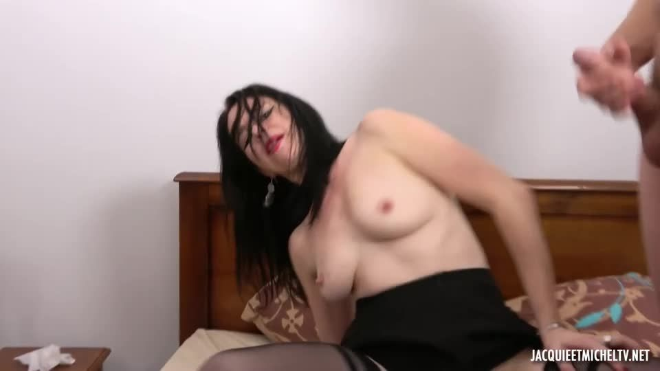 Shanna's Increasingly Varied Pleasures (JacquieEtMichelTV / Indecentes-Voisines) Screenshot 6