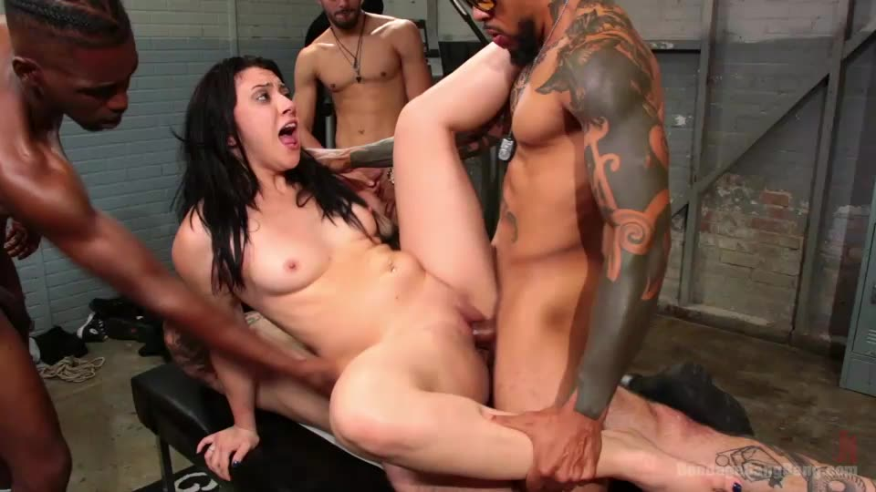 [BoundGangBangs / Kink] Mandy Muse Gets Her Big Ripe Ass Bound Up and Gangbanged – Mandy Muse (GangBang)/(Tattoo)