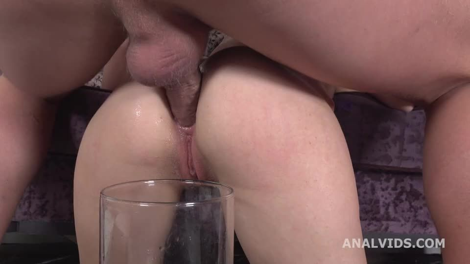 Squirt and Piss, Balls Deep Anal, DAP, Gapes, ATM, Squirt and Pee Drink with Cum Play (LegalPorno) Screenshot 9
