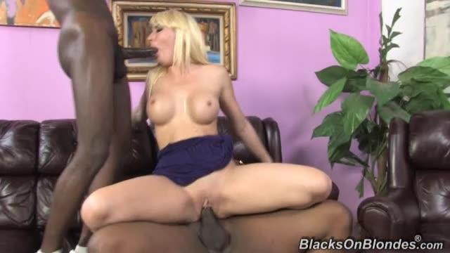 [Dogfart / BlacksonBlondes] 2 Big Two Black for Her White Crack 2 - Missy Woods (DP)/(2M1F)