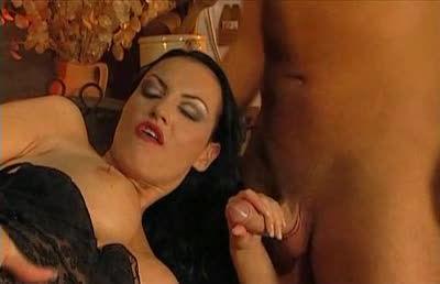 Un Weekend Molto Libidinoso / Der Marquese / Sexe à la carte (Marc Dorcel) Screenshot 4