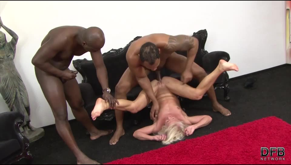 [DFBnetwork] Two Black Guys Fuck A Mature Blonde - Inez (DP)/(MILF)
