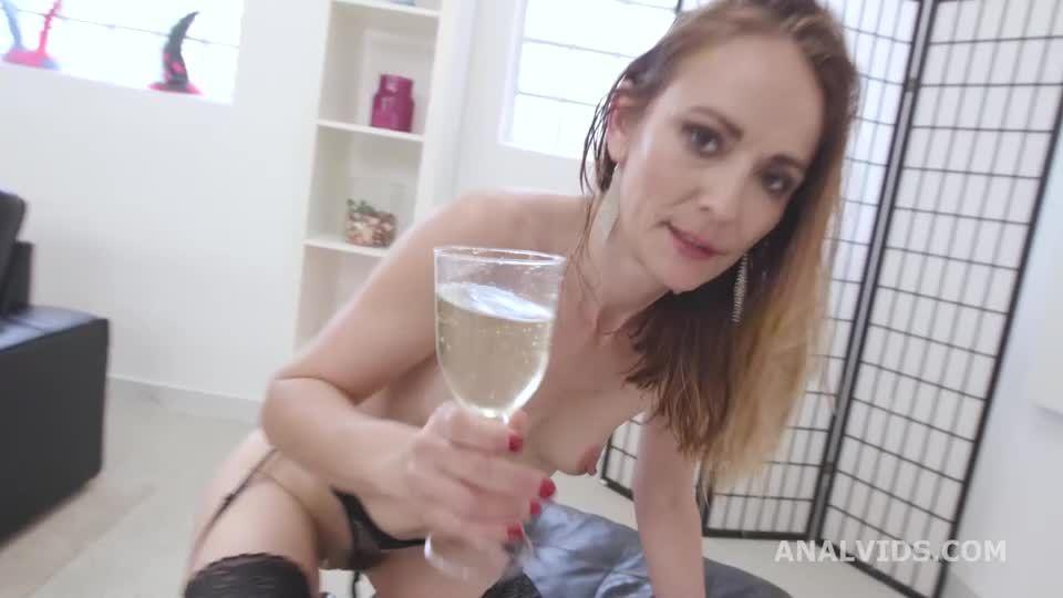 Fucking Wet, ATM, Balls Deep Anal, DAP, Gapes, ButtRose, Pee Drink, Swallow (LegalPorno / AnalVids) Screenshot 9