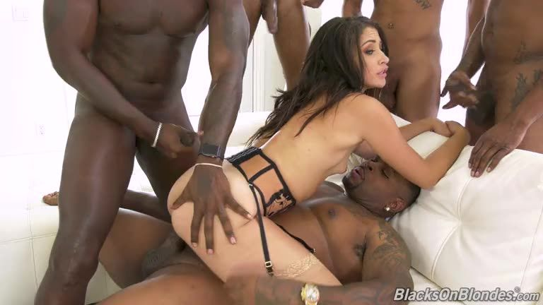 [BlacksOnBlondes / DogFartNetwork] GangBang Big Black Cock - Avi Love (GangBang)/(Interracial)