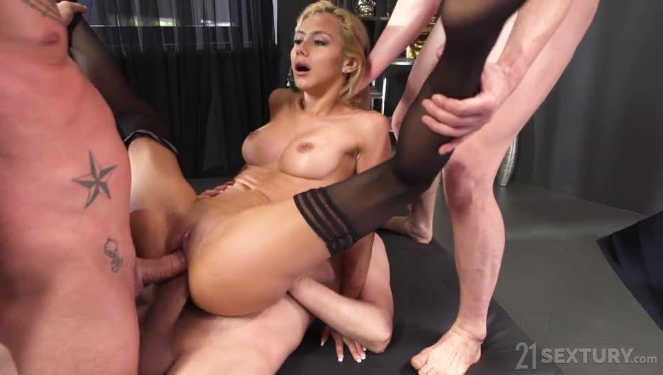 [DPFanatics.com / 21Sextury] Meeting the secretary - Veronica Leal (DP)/(Stockings)